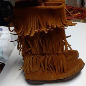 Vintage Minnetonka Fringe Boots Size 7